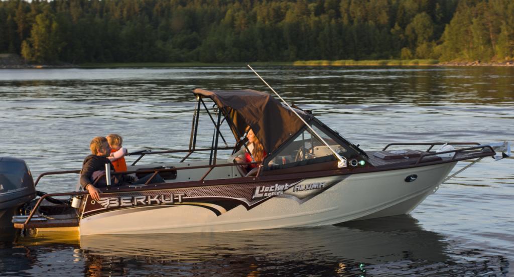 лодка беркут л джекет